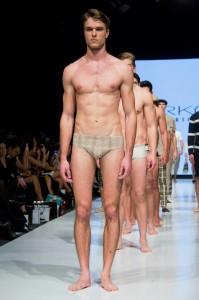 Leonardo D'Almagro-Yirki-Vogue peru-fashion week-lifeasleo