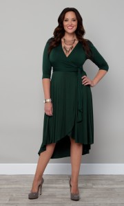 Leonardo-D'Almagro-#LifeAsLeo-Oxigen-Plus-size-Univision-Women-fashion-trends-Enews-dress